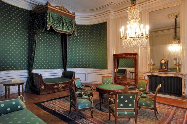 Спальня королевы. Именно тут был рожден будущий король Людвиг ІІ.